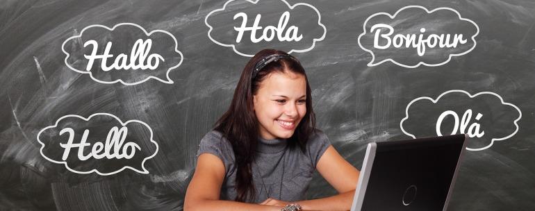 jóvenes aprendiendo idiomas